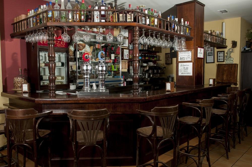 Bar del Hostal Cotero